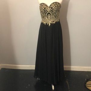 Clarisse Black and Gold Prom Dress